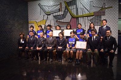 女子ラグビー部 県知事・市長に優勝報告