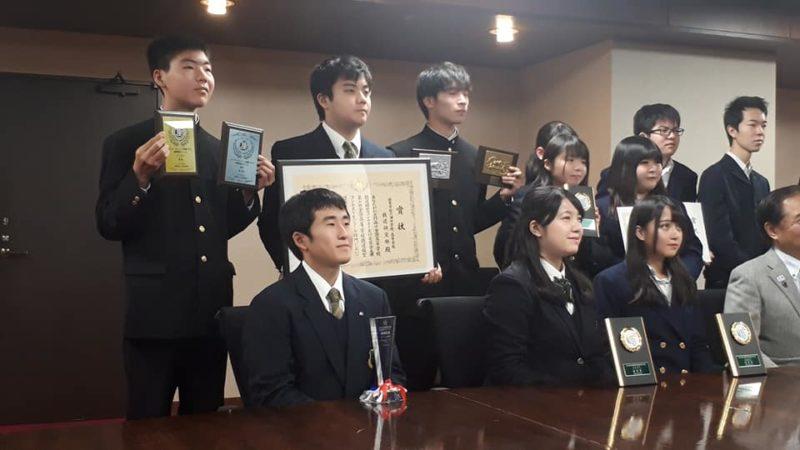 鉄道研究部 神奈川県知事を表敬訪問しました